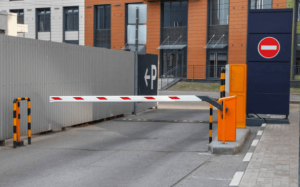 mejoren-la-entrada-de-su-fraccionamiento-con-una-barrera-vehicular
